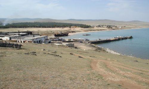 Zdjęcie ROSJA / Irkucka Oblast / Wyspa Olchon / Chużyr - port