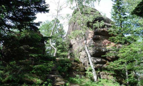 Zdjęcie ROSJA / Krasnojarsk, Syberia / rezerwat Krasnojarskie Stołby / Rosyjskie Góry Stołowe