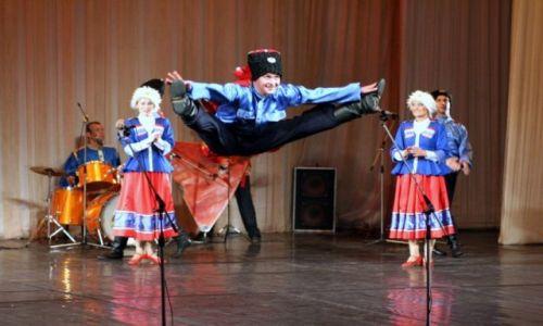 Zdjecie ROSJA / - / Sant Petersburg / Folklor