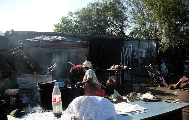 Zdjęcia: stołowka, slamsy Kapsztadu, RPA