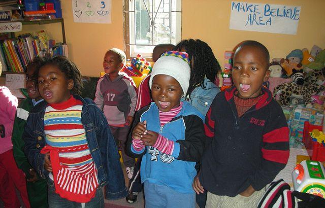 Zdjęcia: slamsy kapsztadu, W przedszkolu, RPA
