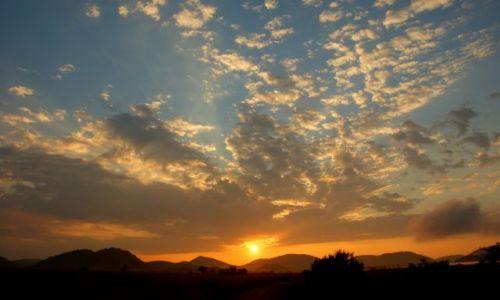 RPA / North West Province / Pilanesberg National Park / KONKURS, Wschód słońca