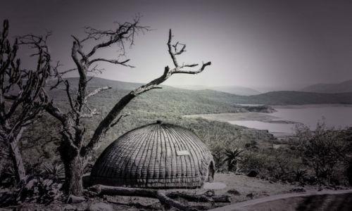 Zdjęcie RPA / Shakaland / Shakaland / Tradycyjna chata Zulusów