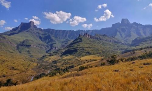 Zdjecie RPA / Kwazulu Natal / Park Narodowy Royal Natal - Góry Stołowe / Największy amfiteatr świata