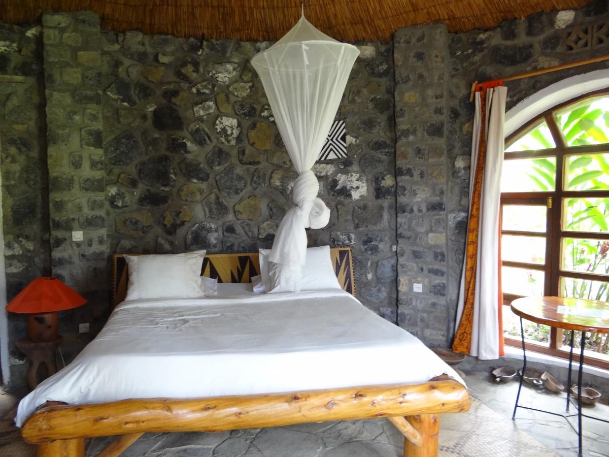 Zdjęcia: Kompleks hotelowy, Przy jeziorze Kivu, ...i w środku., RUANDA