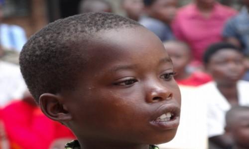 Zdjęcie RUANDA / Północ / Nyakinama / Zapatrzony