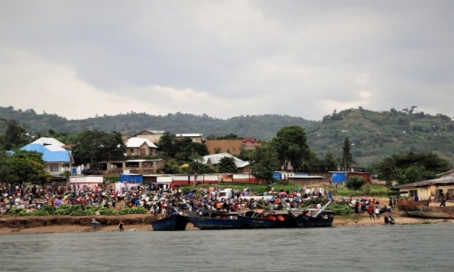 Zdjęcie RUANDA / Część zachodnia  / Jezioro Kivu / Targ rybny