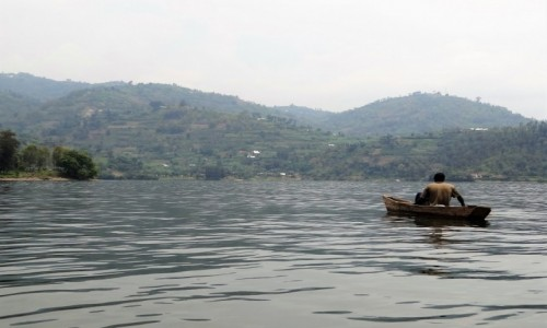 Zdjęcie RUANDA / Jezioro Kivu / j.w. / Samotny rybak