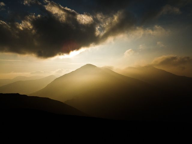 Zdjęcia: Alpy Rodniańskie, Karpaty Wschodnie, Walka światła z mrokiem, RUMUNIA