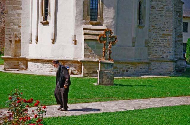 Zdjęcia: Putna, Bukowina, w klasztorze w Putnej, RUMUNIA