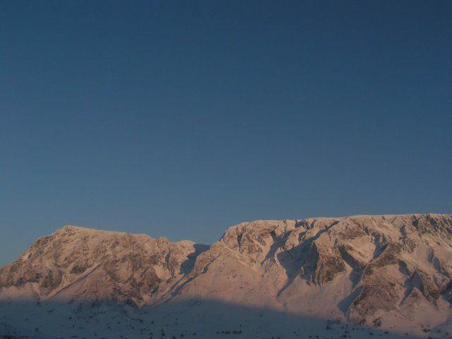 Zdjęcia: Rimetea - Góry Trascau, Góry Apuseni, Góry o zachodzie słońca, RUMUNIA