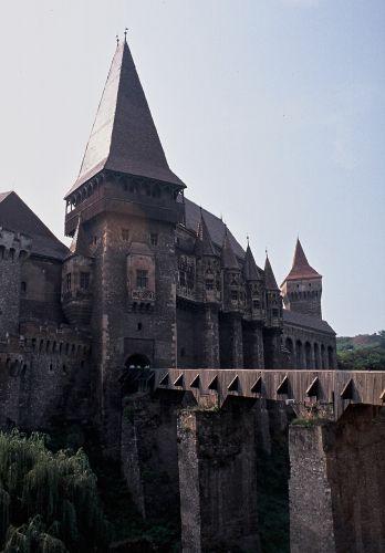 Zdj�cia: Hunedoara, Siedmiogr�d, zamek w�r�d hut, RUMUNIA