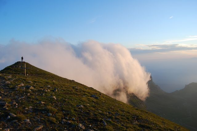 Zdjęcia: Góry BUCEGI, Transylwania, Chmura, RUMUNIA