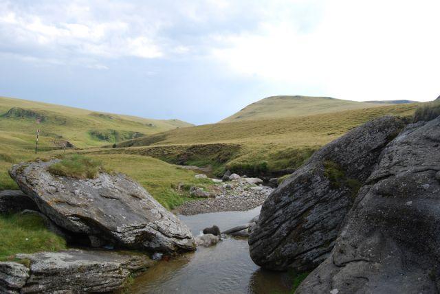 Zdj�cia: G�ry BUCEGI, Transylwania, Kamie� i woda, RUMUNIA