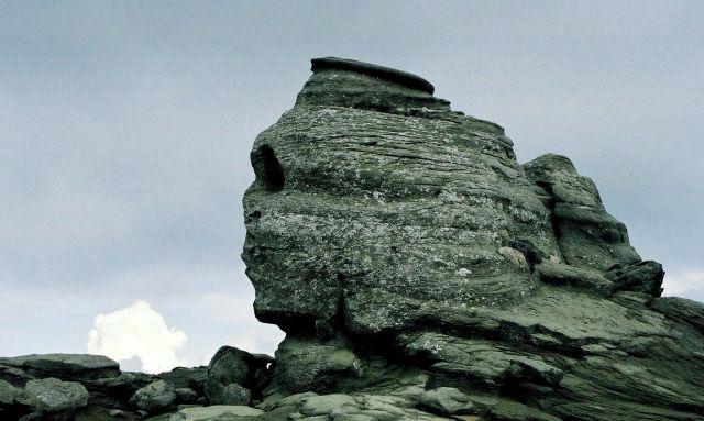 Zdjęcia: skała Sfinxul koło Cabana Babele, góry Bucegi, Sfinks, RUMUNIA