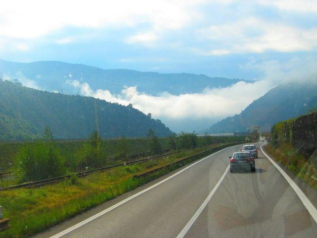 Zdjęcia: Wąwóz OLT, Transylwania, W wąwozie rzeki Olt, RUMUNIA