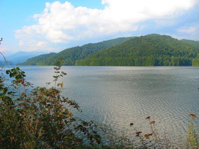 Zdjęcia: Karpaty Południowe, Transylwania, Jezioro Vidrarau, RUMUNIA