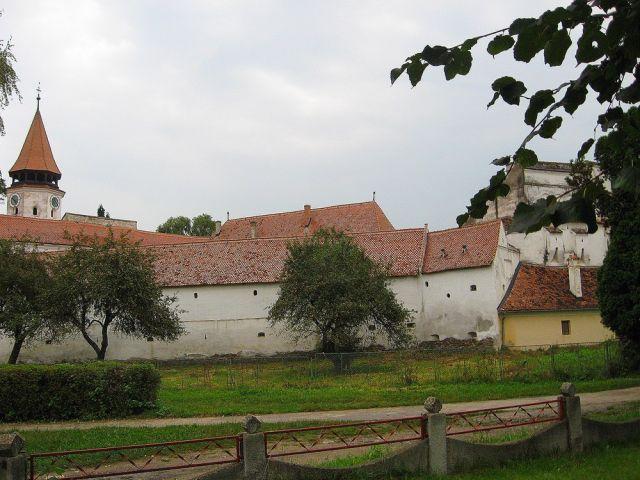 Zdjęcia:  Harman, Transylwania, kościól warowny w Harman, RUMUNIA
