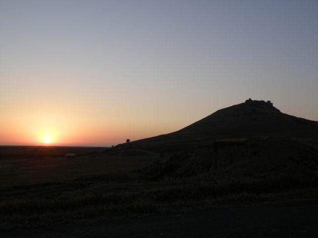 Zdjęcia: Enisala, Dobrudża, O wschodzie słońca..., RUMUNIA