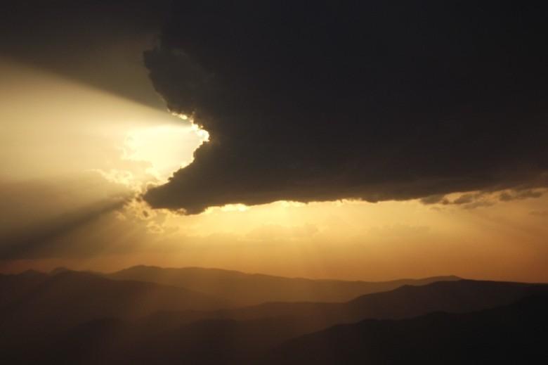 Zdjęcia: Góry Vulcan, Karpaty Południowe, Potwór, RUMUNIA