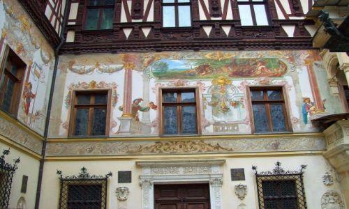 Zdjęcie RUMUNIA / Transylwania / Sinaia / fasada zamku  Peles