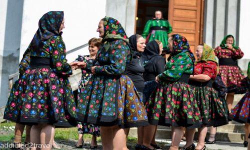 RUMUNIA / Maramuresz / Certeze / Konkurs_tradycyjny strój w wiosce Certeze