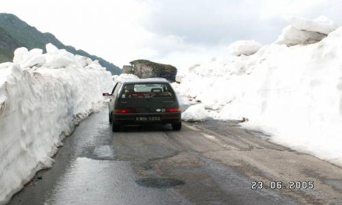 Zdjecie RUMUNIA / Fogarasze / Balea Cascada / Śnieg w czerwcu