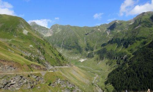 Zdjęcie RUMUNIA / Argeș / droga krajowa DN7C / Góry Fogarskie - w drodze do przełęczy