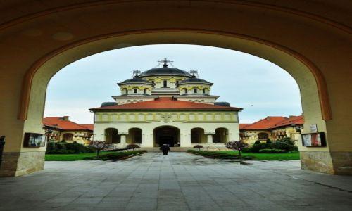 Zdjęcie RUMUNIA / Okręg Alba / Alba Iulia / Druga strona...
