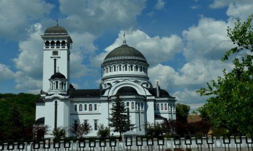 Zdjęcie RUMUNIA / po drodze / przy drodze :-) / Przydrożna cerkiew