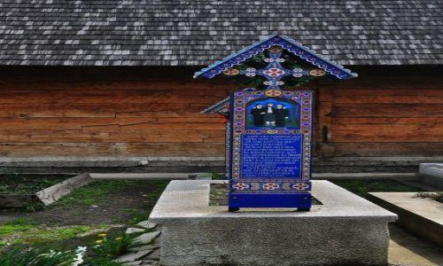 Zdjecie RUMUNIA / Okręg Maramoresz / Sapanta / Nagrobek