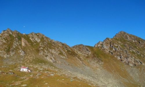 Zdj�cie RUMUNIA / Karpaty / Fogarasze / Piscul Balea ze szczytem Varful Lespezilor