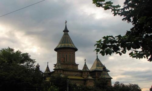 Zdjęcie RUMUNIA / Banat / Timișoara / Barwy zachmurzone