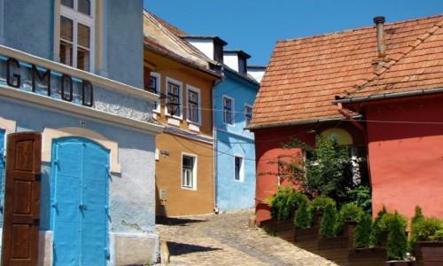 Zdjęcie RUMUNIA / Transylwania / Sighisoara / Czerwień i błękit