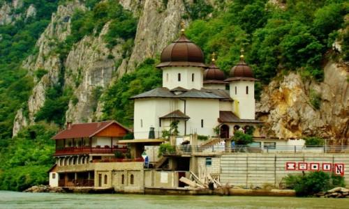 Zdjecie RUMUNIA / - / Rumunia,Dunaj / Przełom Dunaju-klasztor Mraconia