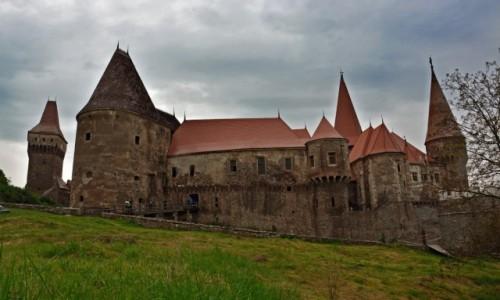 Zdjęcie RUMUNIA / Siedmiogród /  Hunedoara / Zamek Jana Hunyadyego w Hunedoarze