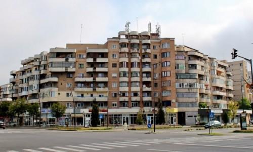 Zdjecie RUMUNIA / Siedmiogród / Deva / Rumuńskie bloki
