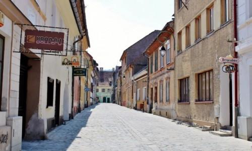 Zdjecie RUMUNIA / Wołoszczyzna / Braszów / Uliczka w Braszowie