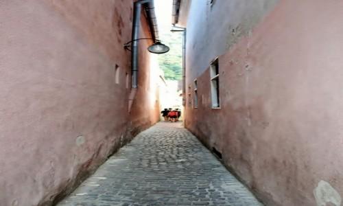 RUMUNIA / Wołoszczyzna / Braszów / Naprawdę wąska