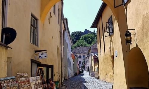 RUMUNIA / Siedmiogród / Sighișoara / Uliczka Starego Miasta