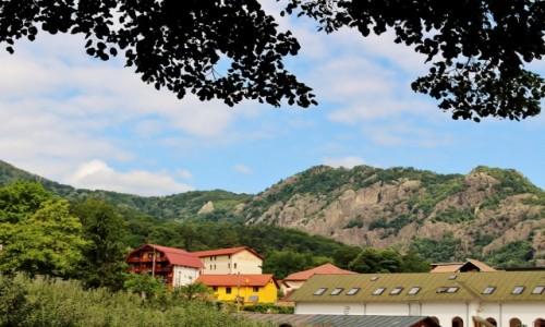 Zdjęcie RUMUNIA / Wołoszczyzna / Park Narodowy Cozia / Widok z monastyru