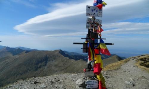 Zdjecie RUMUNIA / Karpaty Rumuńskie  / gdzieś na szlaku / szczyt Moldoveanu 2544m npm.