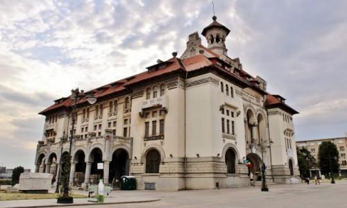 RUMUNIA / Dobrudża / Konstanca / Budynek Muzeum Archeologii i Historii Narodowej z 1879 roku