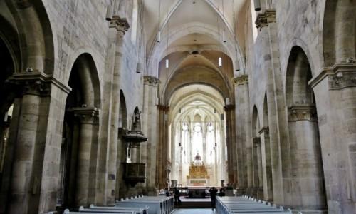 Zdjęcie RUMUNIA / Siedmiogród / Alba Iulia / Katedra katolicka św.Michała z XIII wieku