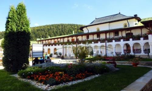 Zdjecie RUMUNIA / Rumunia / Agapia / Klasztor