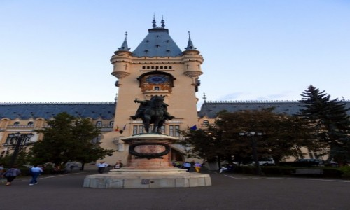 Zdjecie RUMUNIA / Rumunia / Jassy / Pałac Kultury