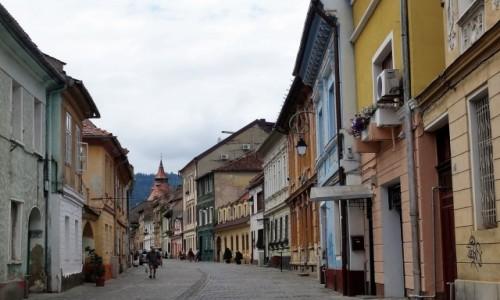 Zdjecie RUMUNIA / Transylwania / Uliczki starego Brasowa / Rumuńskie miasteczka: Brasov