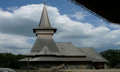 Zdjecie RUMUNIA / Maramuresz / wioska / koścół w Maramuresz