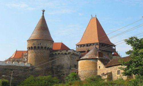 Zdjecie RUMUNIA / Transylwania / Hunedoara /                    średniowieczny zamek w Hunedoarze