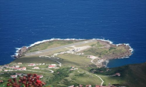 Zdjęcie SABA (Holandia) / Małe Antyle / Karaiby / Pas Startowy Lotniska Juancho E. Yrausquin